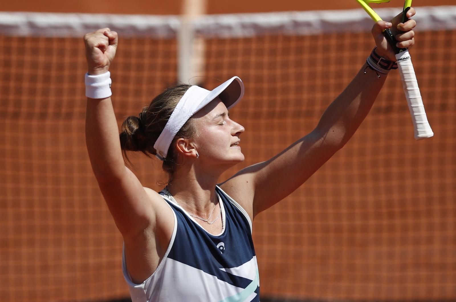 Najmłodsza ćwierćfinalistka zatrzymana. Barbora Krejcikova wciąż może marzyć o triumfie - Sport WP SportoweFakty