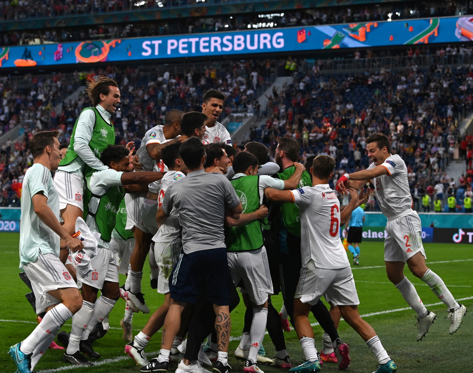 Euro 2020. Wiemy już, kto w TVP skomentuje pierwszy półfinał - Sport WP SportoweFakty