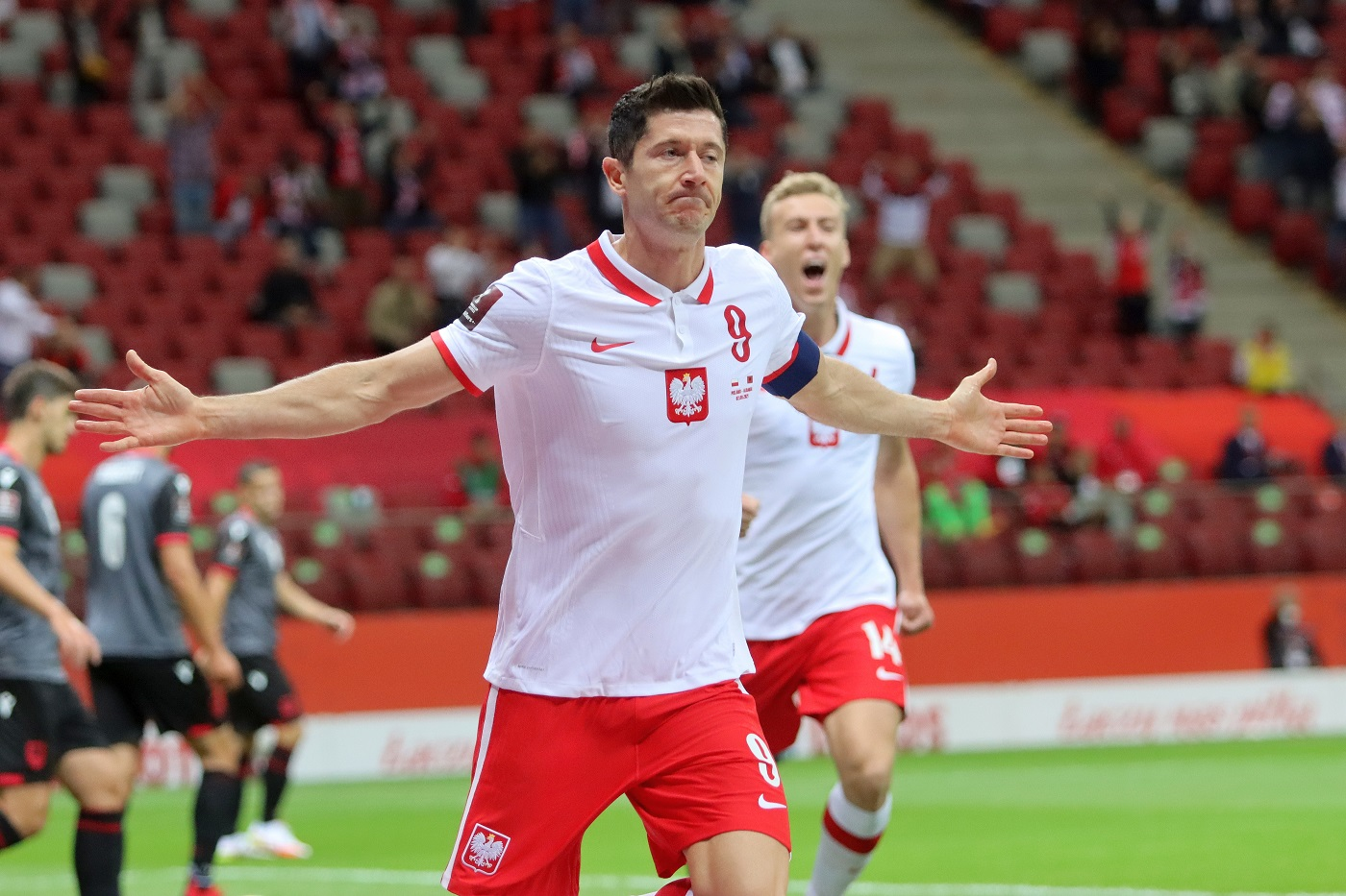 Lewandowski musi gonić rywali thumbnail